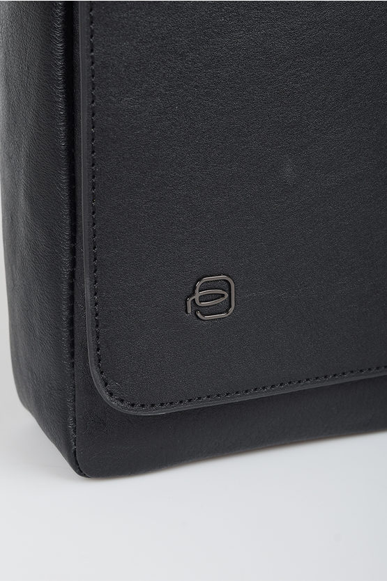 BLACK SQUARE Crossbody Bag Black