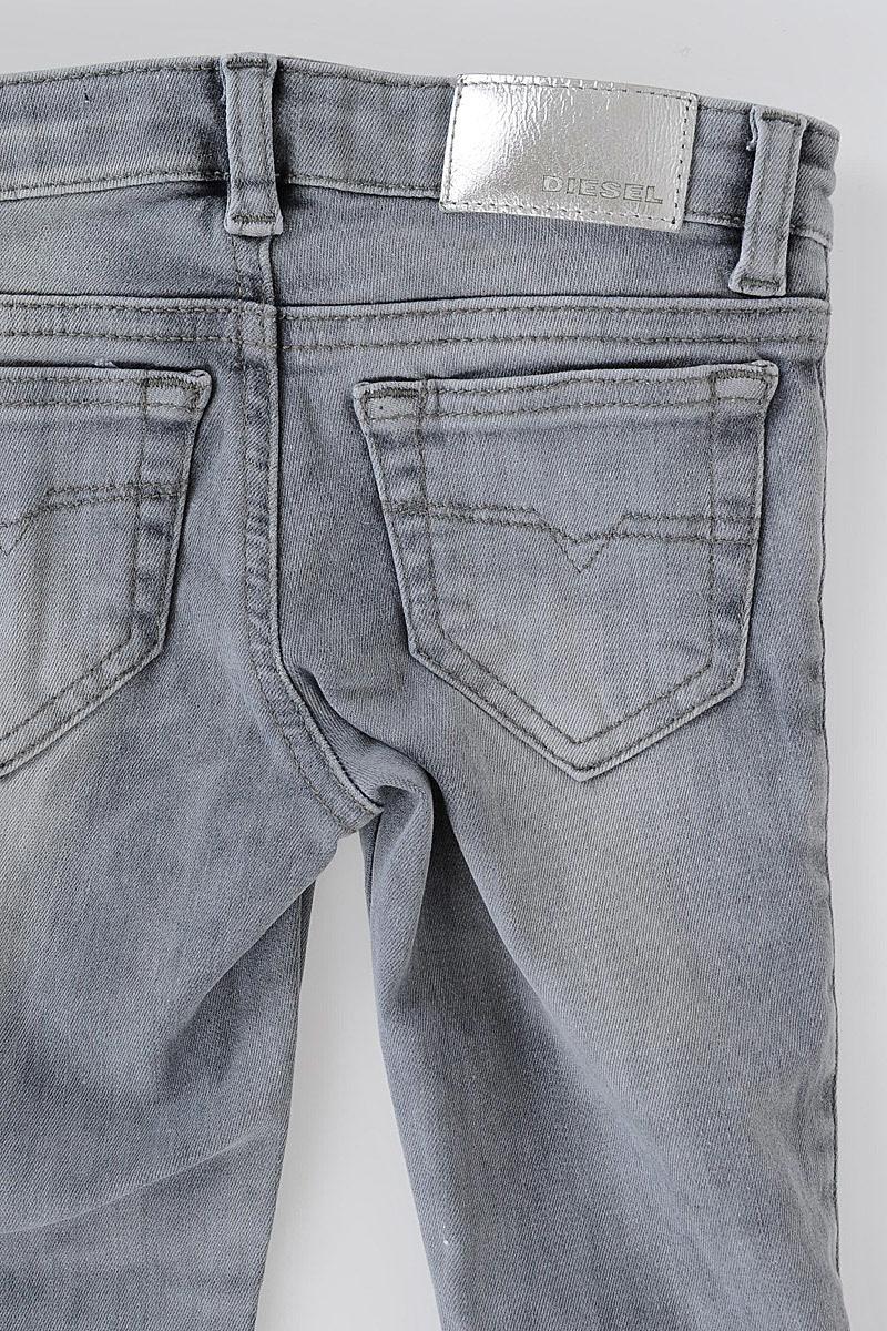 Jeans SKINZEE-LOW-ZIP in Denim Stretch con Swarovski. ‹ › Diesel Kids 1d2afd9c6e1